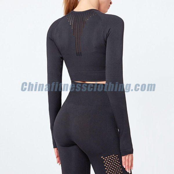 Custom black long sleeved turtleneck crop tops manufacturer - Black Long Sleeve Turtleneck Crop Top - Custom Fitness Apparel Manufacturer