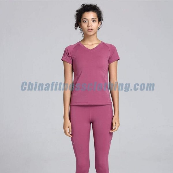 Deep-pink-womens-v-neck-t-shirts-supplier