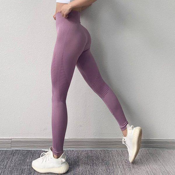 custom-seamless-yoga-leggings-manufacturer