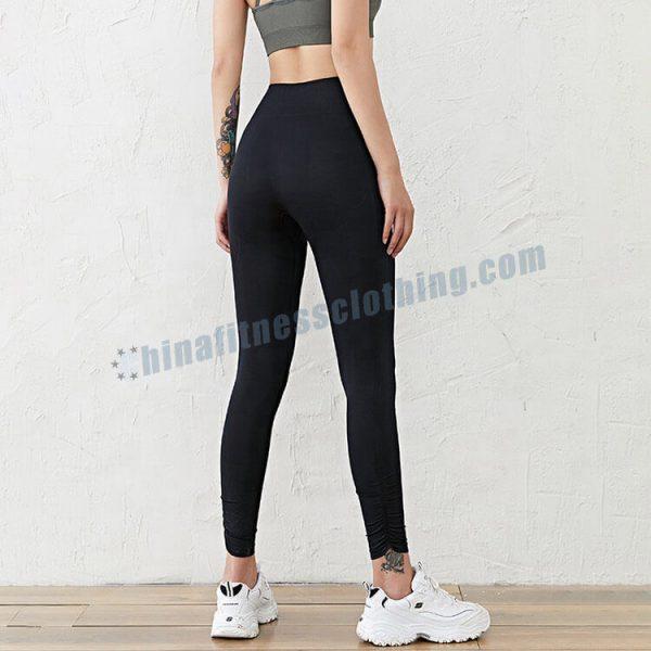 slimming-black-leggings