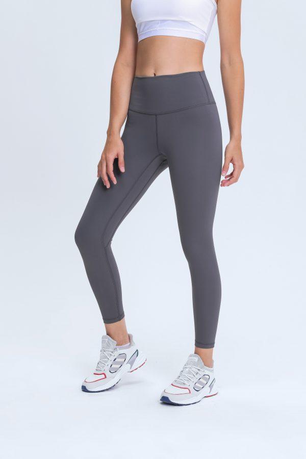 Grey Sports Leggings Wholesale3 scaled - Grey Sports Leggings Wholesale - Custom Fitness Apparel Manufacturer