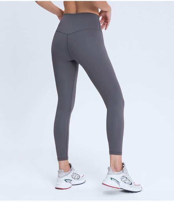 Light Grey Leggings Wholesale2 - Light Grey Leggings Wholesale - Custom Fitness Apparel Manufacturer