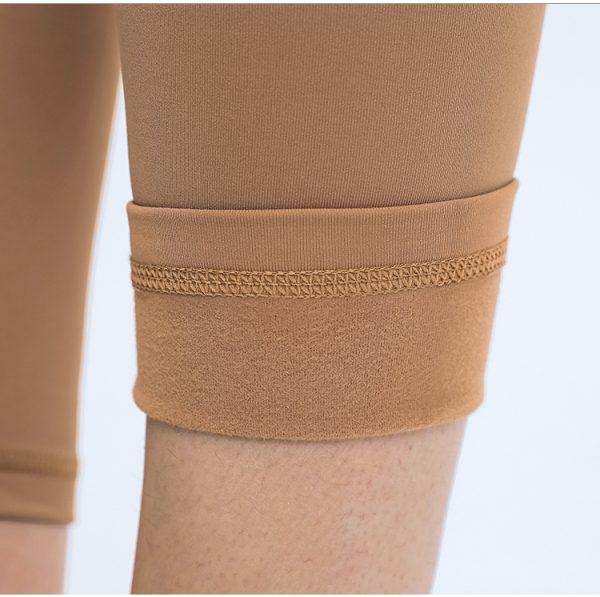 Polyester Leggings Wholesale3 - Polyester Leggings Wholesale - Custom Fitness Apparel Manufacturer