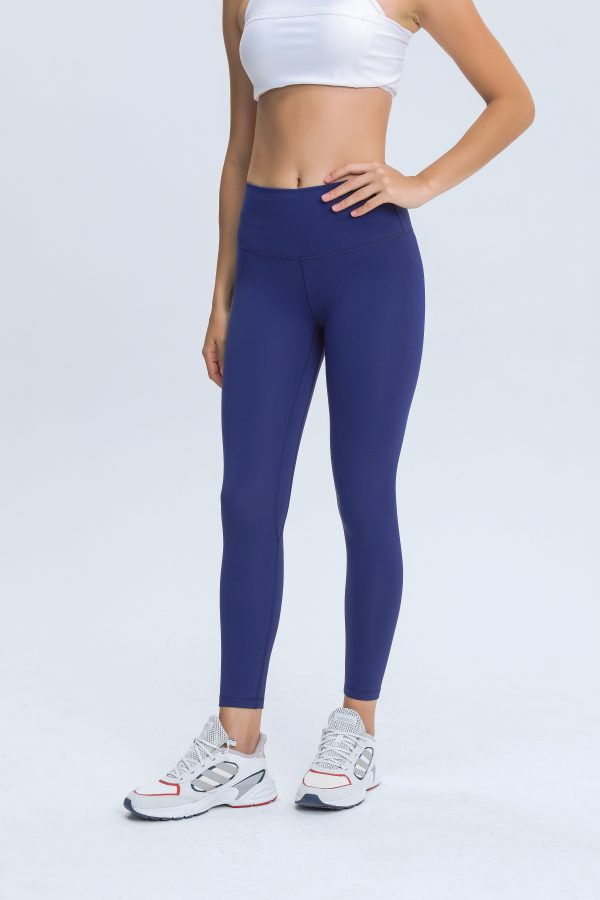 Workout Tights Wholesale2 scaled - Workout Tights Wholesale - Custom Fitness Apparel Manufacturer